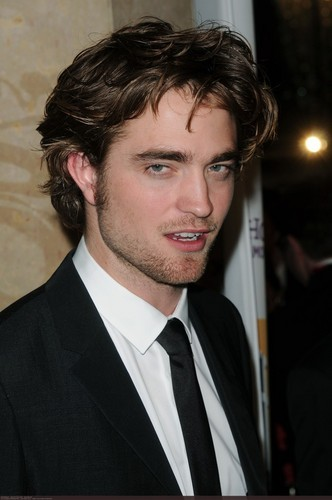 OMG el vampiro más guapo - robert