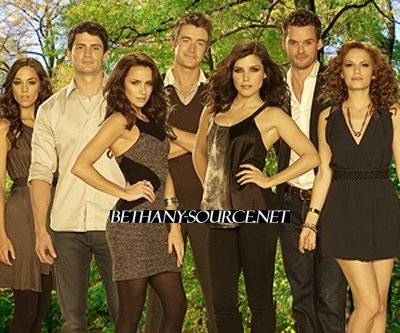 http://images2.fanpop.com/images/photos/7700000/One-Tree-Hill-Season-7-Promo-Shoot-one-tree-hill-7754403-400-333.jpg