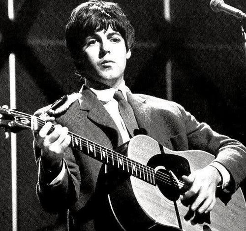 Paul McCartney Blackpole - the-beatles Photo