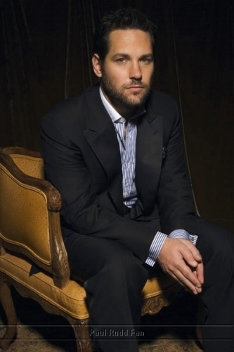 Paul Rudd wallpaper containing a business suit, a suit, and a three piece suit called Paul Rudd