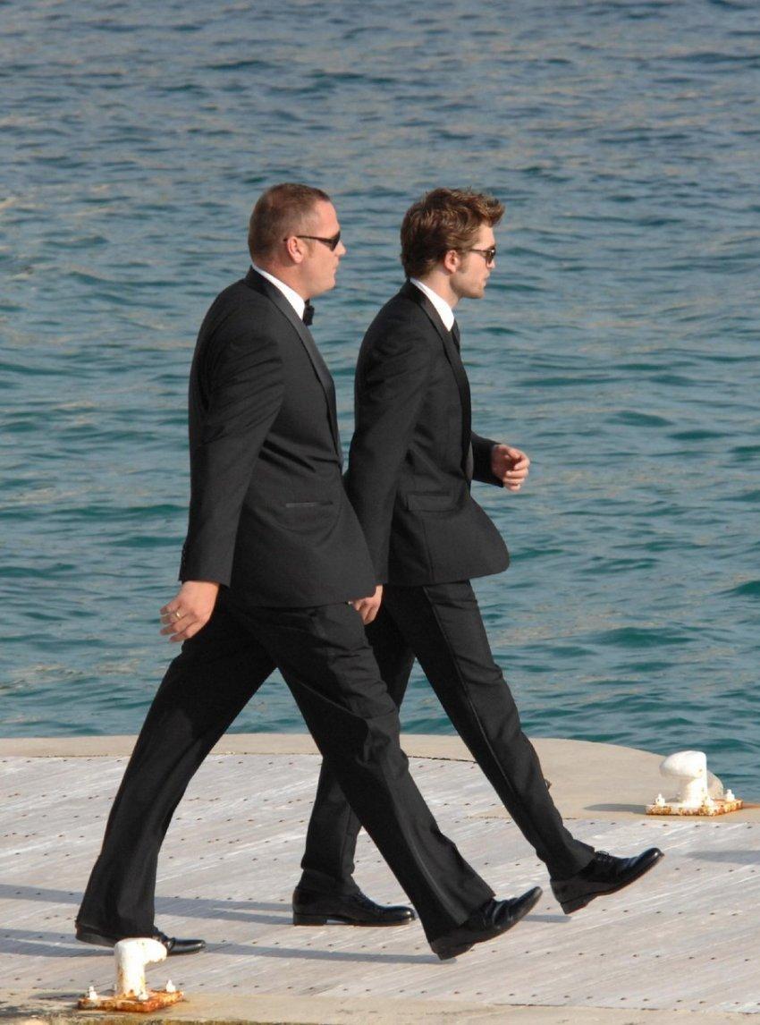Rob! So hot in elegant dress!