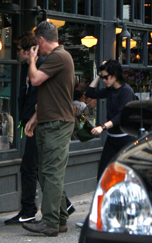 Robert out in Vancouver with his Twilight co stars