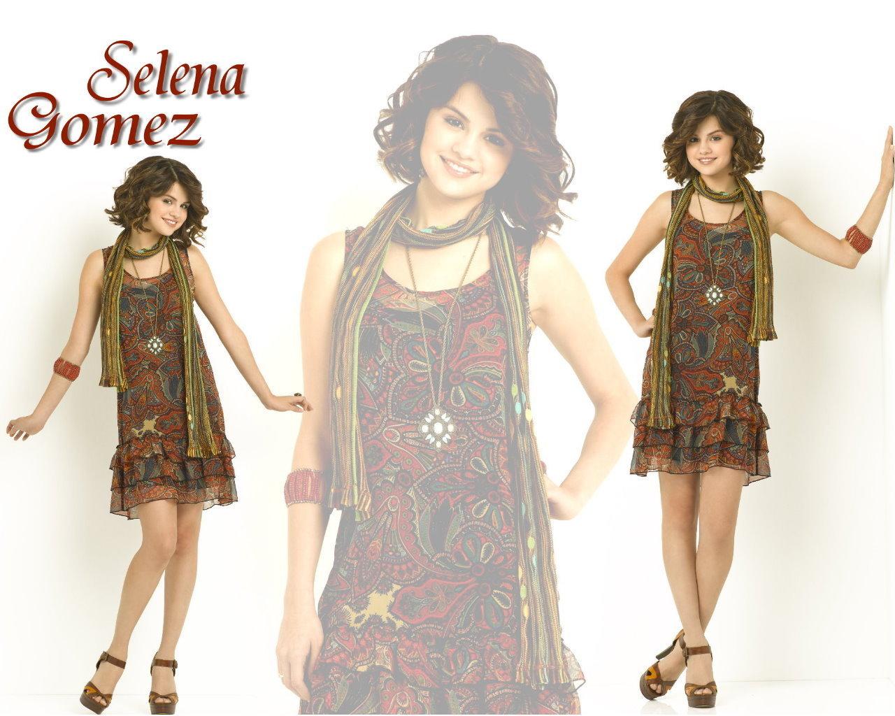 Selena Gomez 바탕화면