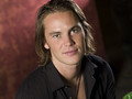 Tim promotional photos {season 2} - tim-riggins photo