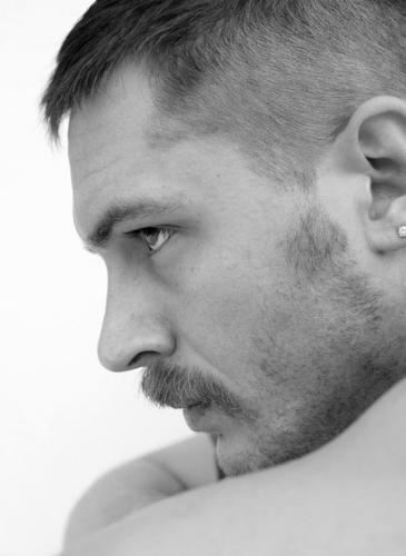 Tom Hardy wallpaper titled Tom <333