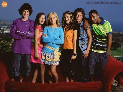 Zoey 101 پیپر وال probably with bare legs, hosiery, and a leisure wear called cvcbcvhfgdhxz