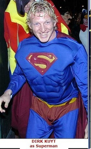 poignard, dirk kuyt as Superman