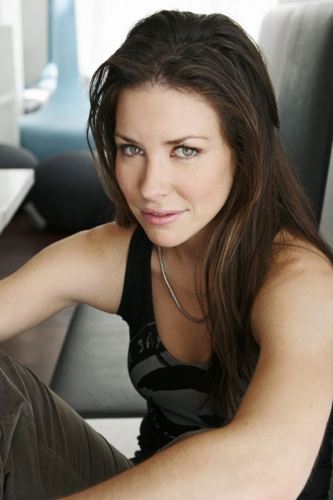 evangeline lilly with both - photo #34