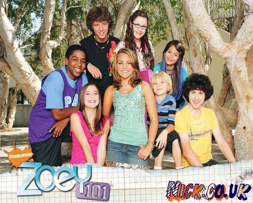Zoey 101 wallpaper entitled nmghfjhnvbn