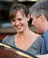 Jen goes to Toscana Restaurant - August 23 2009 - jennifer-garner photo