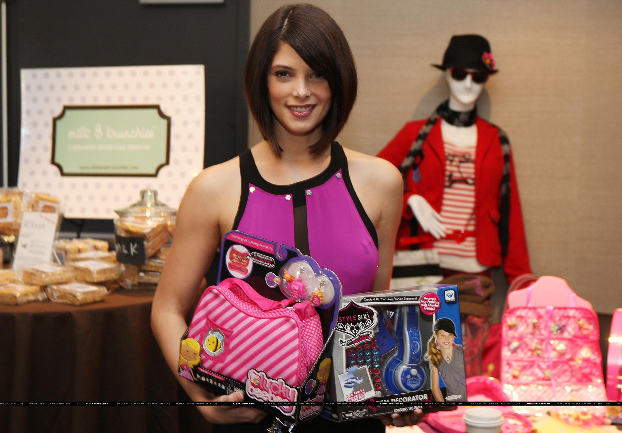 Ashley @ 102.7 KIIS-FM gifting lounge for the Teen Choice Awards
