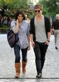 Ashley Greene & Xavier Samuel à Vancouver - twilight-series photo