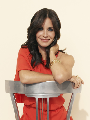 Courteney Cox stars as Jules