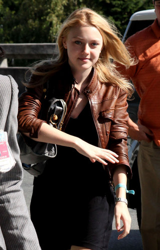 Dakota Fanning Finishes 'Eclipse'