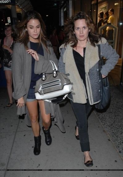 Eliza & Nikki