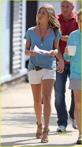 "Jennifer Aniston wallpaper called Jennifer on set ""The Bounty"""