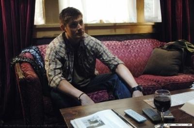Jensen on Set Supernatural