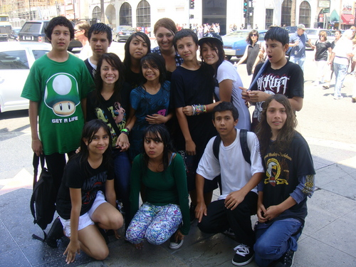 LAST ngày OF 7TH GRADE! IN HOLLYWOOD :)