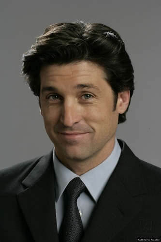 encantada wallpaper with a business suit, a suit, and a double breasted suit called Patrick Dempsey (Robert)- photoshoot