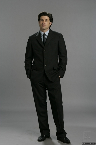 encantada wallpaper containing a business suit, a suit, and a two piece titled Patrick Dempsey (Robert)- photoshoot