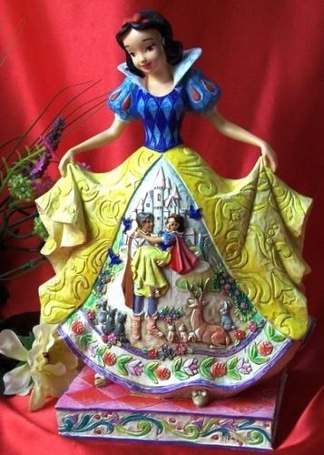 Snow White Statue for Sylvie
