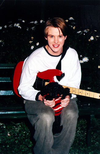 Sweet Young Jesse>.<