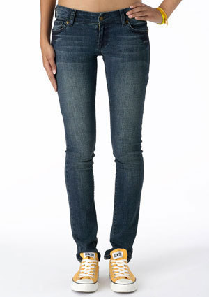 Teen Fashion wallpaper possibly with bellbottom trousers, a jean, and a pantleg entitled Taylor Low-Rise Super Skinny Jean