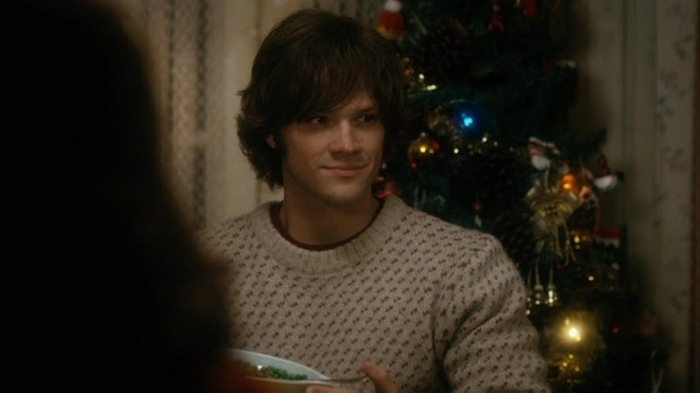 photosJared Padalecki Christmas Cottage Gif