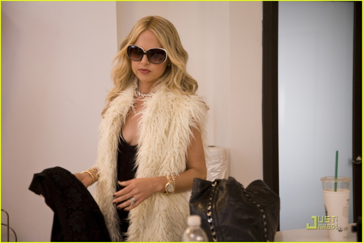 the zoe project But between filming on seasons two and three of the rachel zoe project, drama  unfolded off-camera and taylor jacobson was fired by rachel.