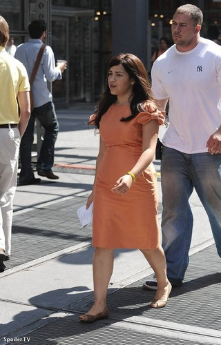 on set of ugly betty- aug 26/09