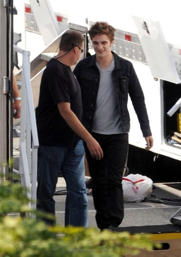 robert in Eclipse Set