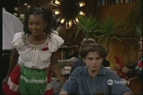 Boy Meets World 壁紙 possibly containing a サーコート, サーコット called shawn & angela