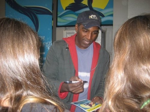 Norm Lewis (Triton) @ the stage door