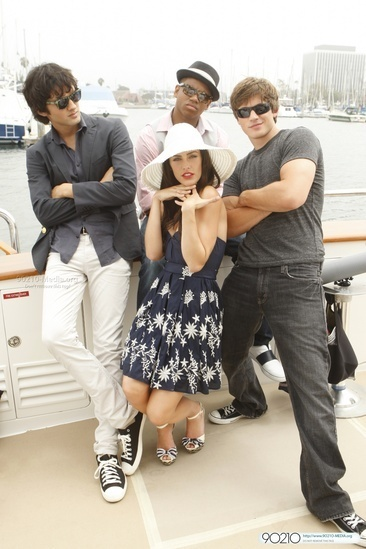 http://images2.fanpop.com/images/photos/7900000/2-03-Sit-down-you-re-rocking-the-boat-90210-7986361-366-549.jpg
