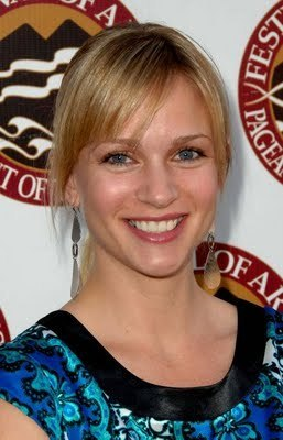 AJ Cook @ 11th Annual Pageant of the Masters Gala Benefit 2009