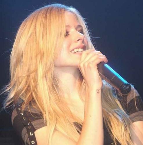 Avril Lavigne XD