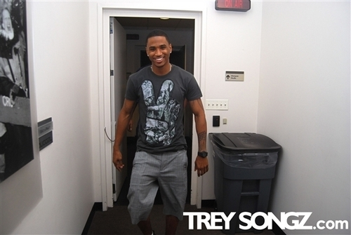 Trey Songz wallpaper possibly with a sign entitled B.B. King Rehearsals