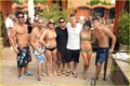 Chad Michael Murray: Shirtless beach, pwani Party