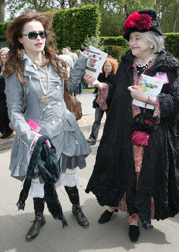 Helena Bonham Carter wallpaper titled Chelsea Flower Show - Press And VIP Preview Day