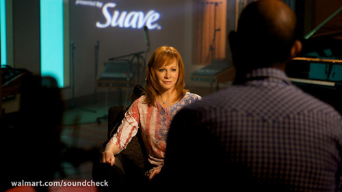 Exclusive Interview w/ Reba McEntire on Soundcheck
