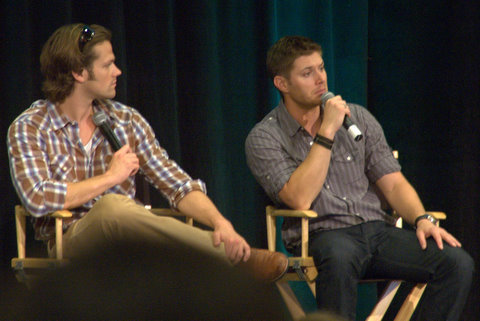 Jared and Jensen At Vancouver Convention 2009