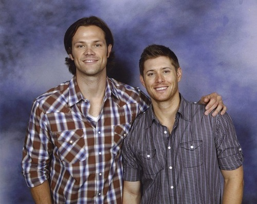Jared and Jensen at the Convention in Vancouver 2009