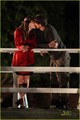 Jennifer Garner Kisses Ashton Kutcher On 'Valentine's Day' set