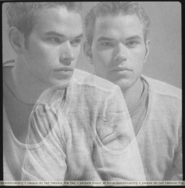 http://images2.fanpop.com/images/photos/7900000/Kellan-Lutz-twilight-series-7957057-590-600.jpg