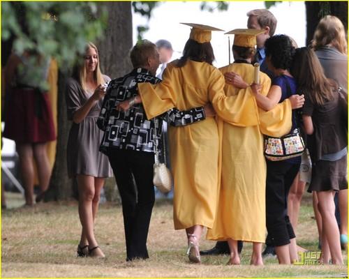 Kristen Stewart: Forks High Graduate