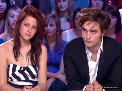 Interviews  Robert Pattinson on Kristen And Robert Le Grand Journal Interview   Robert Pattinson And