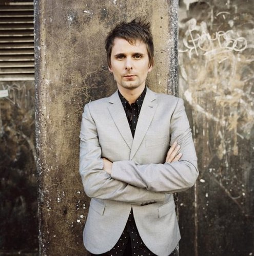 Matthew Bellamy wallpaper with a business suit titled Matthew B
