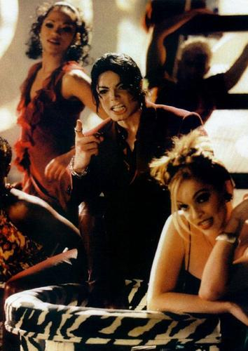 Michael<3 Blood on the Dance Floor