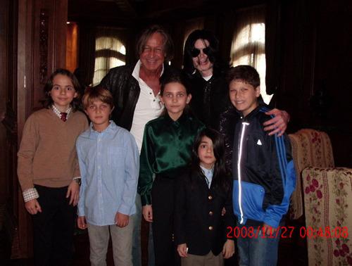 Michael, Pricnce, Paris & Blanket