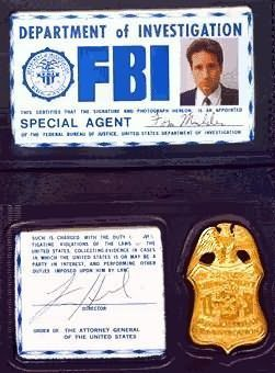 The X-Files fond d'écran called Mulders Badge & ID